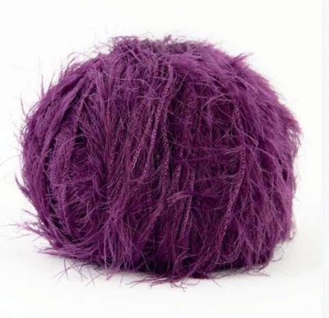 Splendor eyelash yarn 50g